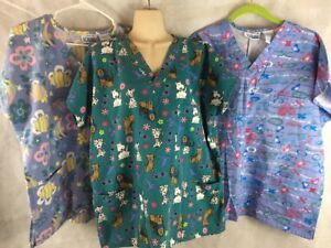 Scrubs Lot of 3 Women#x27;s Size M 10 12 Shirts Tops Fishes Dogs Hugs amp; Kisses XOX