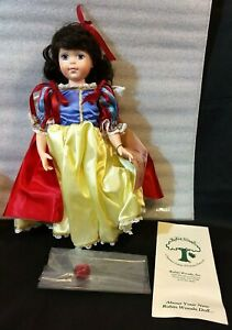 Vtg 1988 Robin Woods Doll Co. Snow White Favorite Friends of Fantasy 250 w Box