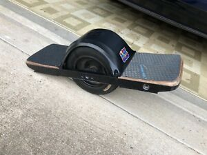 onewheel plus good condition come with charger and float Platesnew grip