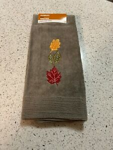 Celebrate Fall LEAVES Embroidered Cotton Bath Hand Towel NWT