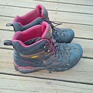 KEEN Men#x27;s PITTSBURGH 6quot; Steel Toe Boot Size 12 D 46 Used Boots HEAVY WEAR