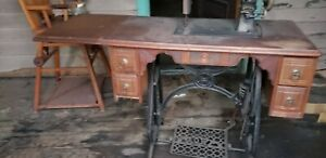 Vintage RARE Antique SEWING MACHINE HOWE Treadle Local Pickup JC New York $225.99