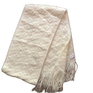 Le Nuage Italy Wool Blend Womens Basket Weave Cream Scarf $15.95