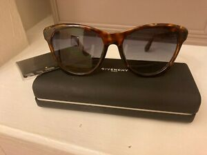 Givenchy Designer Sunglasses cat eye movie star. Case and cloth included. $119.00