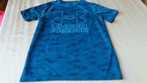 Under Armour Heat Gear Boys green T Shirt Youth XL Tee Loose Fit Green $7.50