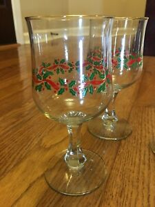 Libbey Holly Berry Gold Rim Christmas Wine Water Glasses Stemware Vintage 6 Set