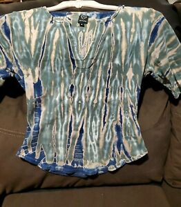 Fitted Top Xoxo Jeans SZ Small design is tye dye camo look girls shirt