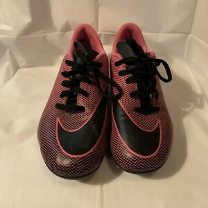 Nike Pink Black Girls Youth Cleats Size 4.5 $7.99