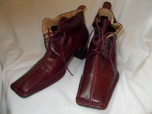 Womens Boots Leather Henry Ferrera Square Toe Narrow Funky Size 10 Shoes Heel $25.00
