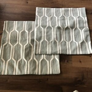 West Elm Pillow Cover Case Set Lot 18x18 100% Cotton Buttons Couch Throw Modern $39.99