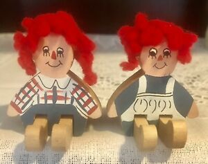 Miniature Vintage Hand Made Wooden Raggedy Ann And Andy Hand painted $16.50