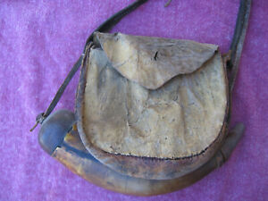 Antique Hunting bag and old Horn very old