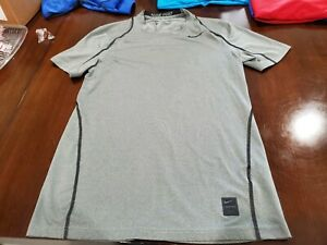 Mens Nike Pro Dri Fit Fitted Size Small $8.00