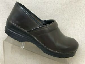 Dansko Brown Leather Clog Slip On Ankle Nursing Shoes Size 40 EUR
