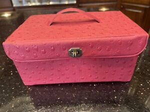 Vintage pink RARE Small Vinyl Sewing Box W lucite Tray $9.50