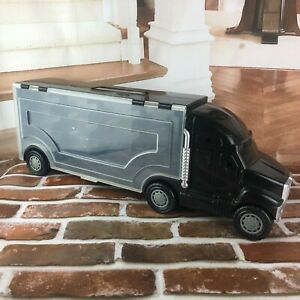 Vintage Black Semi Truck Carrying Case for small cars sound does not work