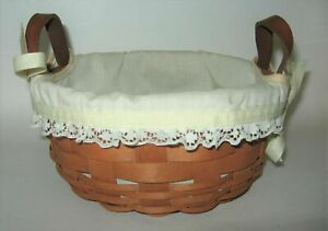 1980#x27;s Longaberger Sewing Basket with Leather Handles and Liner $19.99