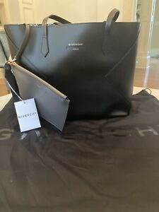 BRAND NEW GIVENCHY LARGE WING TOTE BAG $799.00