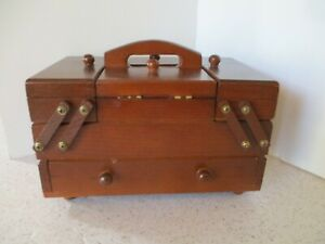 VINTAGE WOOD SEWING BOX EXPANDABLE ACCORDIAN STYLE 2 TIERS amp; DRAWER HANDLE $25.00