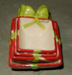 CHRISTMAS PACKAGE NESTING 4 PIECE CERAMIC MEASURING CUP SET