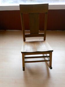 Rocking Chair With Swing Out Sewing Drawer Quarter Sawn Oak Antique $340.00