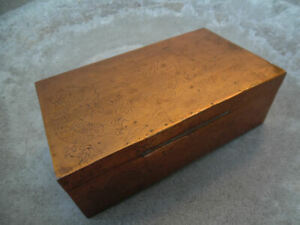 ANTIQUE CHINESE SIGNED COPPER BRASS MIXED METAL HINGED TOBACCO BOX $15.00