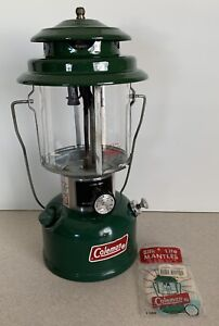 Vintage Coleman Lantern Model 220K Dated 4 1980 in Working Condition New Mantle