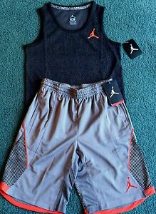 NWT Nike Air Jordan Boys L GrayBlack Elephant Print Dri-Fit Shorts Set L 14-16
