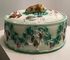 Wedgwood Majolica Oval Covered Game Pie Dish Hare Handle Hanging Game Base 1871