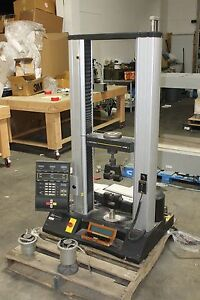 Instron 4466 Standard Compression Tension Tensile Tester  W LOAD CELLS