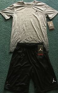 NWT Nike Jordan Boys YLG BlackGray Graphic Star Dri-Fit Shorts Set Large