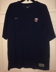 MINNESOTA TWINS T-SHIRT Nike Fit Dry Team Logo Man's Large Dark Blue