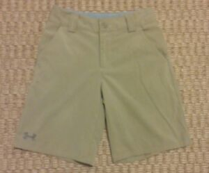 Under Armour boys khaki light brown golf shorts size Youth Small