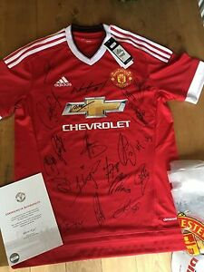 MANCHESTER UNITED OFFICAL SQUAD SIGNED SHIRT X21 MAN UTD CLUB ISSUED COA ROONEY
