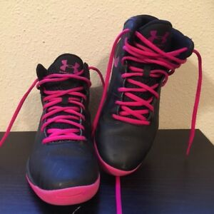 UNDER ARMOUR Womens Size 7 Basketball Tennis Shoes High Tops BlackPink Sneakers