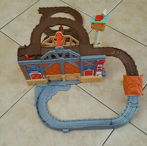 Thomas the Train & Friends Take-n-Play Rescue From Misty Island  Playset