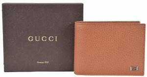 NIB GUCCI MEN'S LEATHER G LOGO BIFOLD WITH COIN WALLET MADE IN ITALY