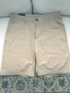 Under Armour Golf Shorts size 34