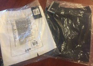 Nike Golf Women's Shorts Lot of 2 Size 4 Dri-Fit White and Black NWT in Pkg