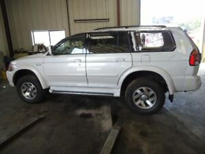 Carrier Front Axle 3.5L 6 Cylinder Fits 00-01 MONTERO SPORT 588771