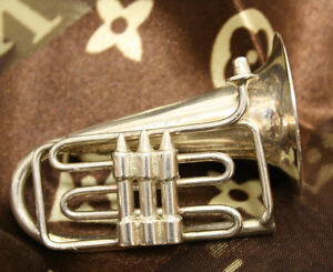 VTG Estate Sterling Silver Tuba Wind Instrument Pin! Cool!
