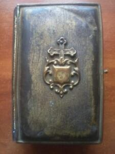 Charity lot 1863 ANCIENT mini BIBLE Belonged to the Royal family See description