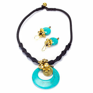 Goldtone Turquoise Necklace and Earrings Set (Thailand)