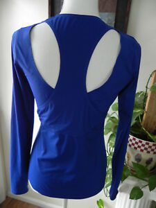 Womens Athleta Top Yoga Running Shirt Size XS Super Cute Excellent condition