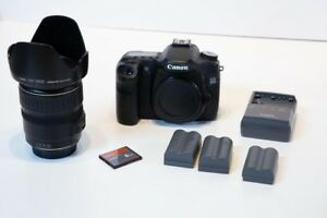Canon EOS 50D  Camera w 28-135 zoom lens 3 Batteries Charger memory Strap.