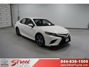 2019 Toyota Camry  2019 4dr Car New Regular Unleaded I-4 2.5 L152 8 FWD White