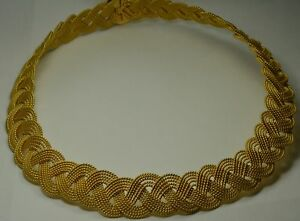 22k Yellow Gold Necklace Woven Fancy Lace Design - Length 17