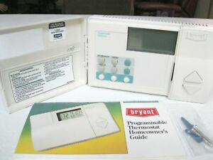 BRYANT 7-Day Programmable Heating and Cooling Digital Thermostat TSTATBBPHP01-B
