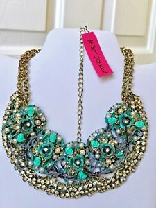 Betsey Johnson Skull Patina Oxidized Bib Statement Necklace MSRP $146