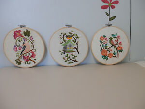 Framed Embroidered 3 pretty birds on 8quot; vintage wood hoops...